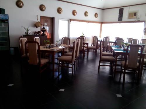 2f561-lawkanat-hotel-dinning-room-2.jpg