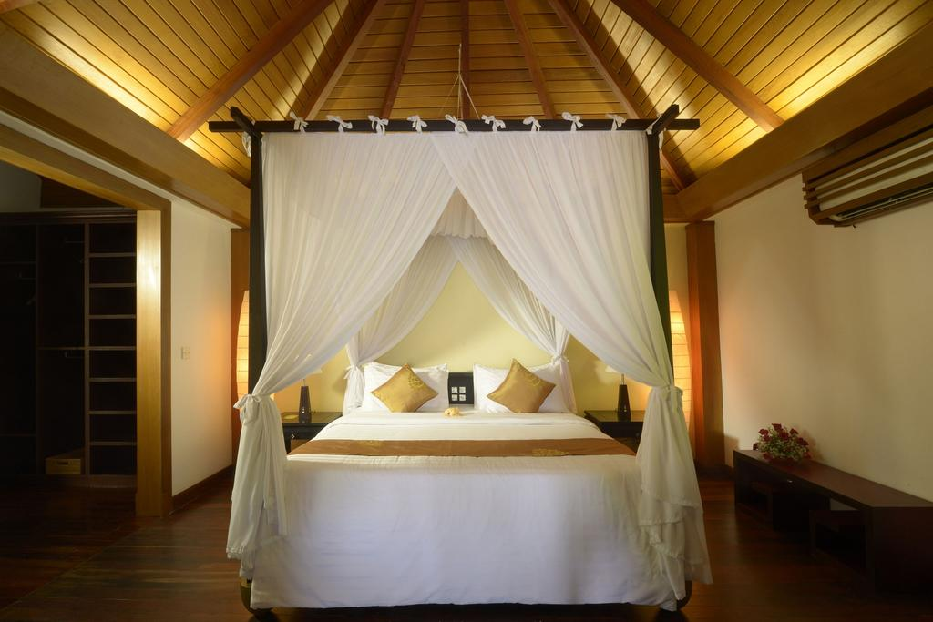 4c36e-Aureunm-Palace-NGL-Bed-Room.jpg