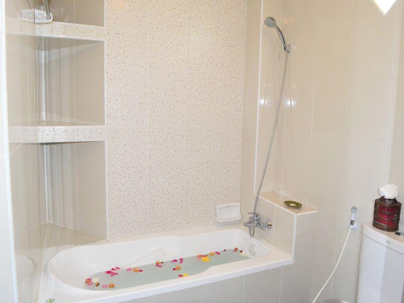 859a6-Kaday-Aung-Hotel-Bath-Room.jpg