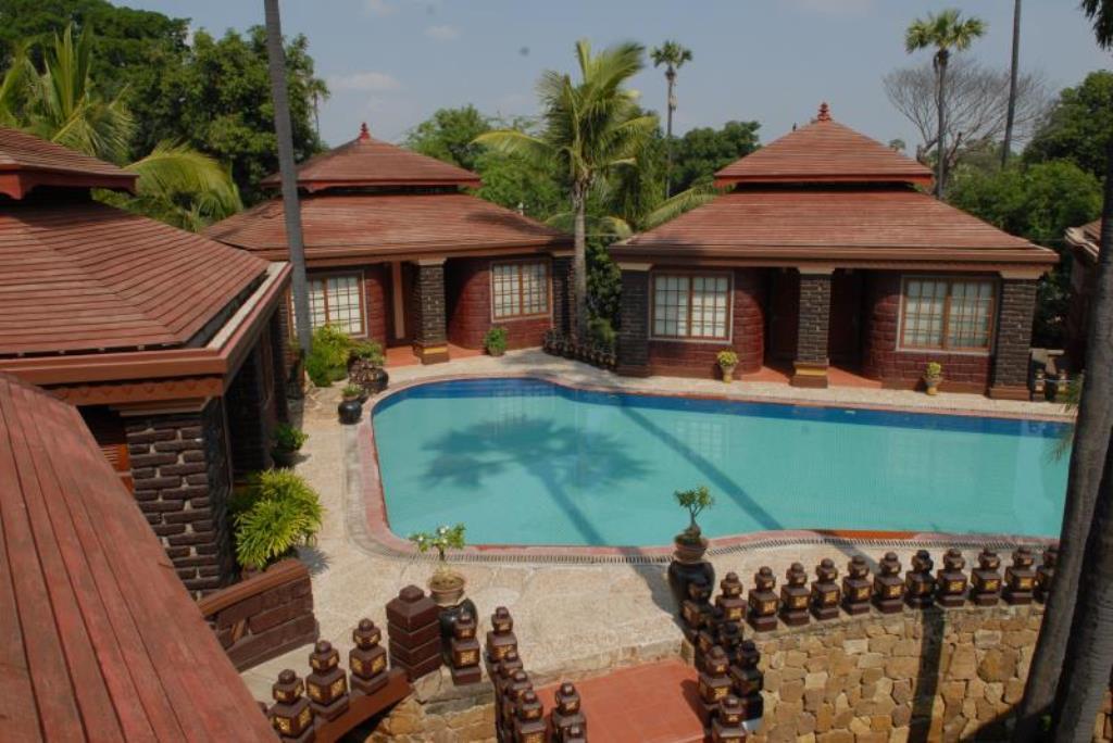 95bba-bagan-princess-htoel-swimming-pool-1.jpg